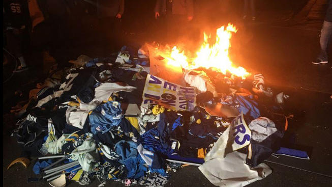 San Diego Chargers fans not happy with Los Angeles Chargers 2017 images