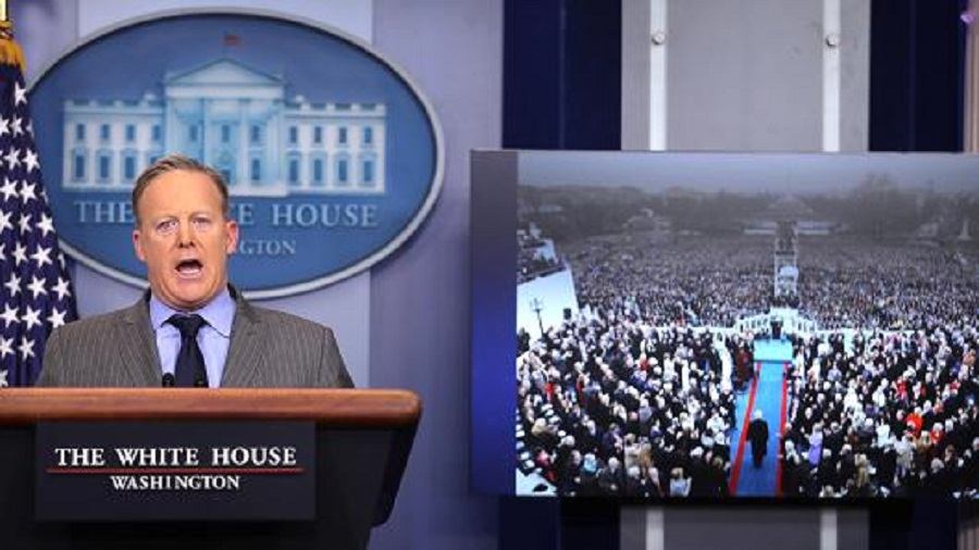 Size matters to White House Press Secretary Sean Spicer 2017 images