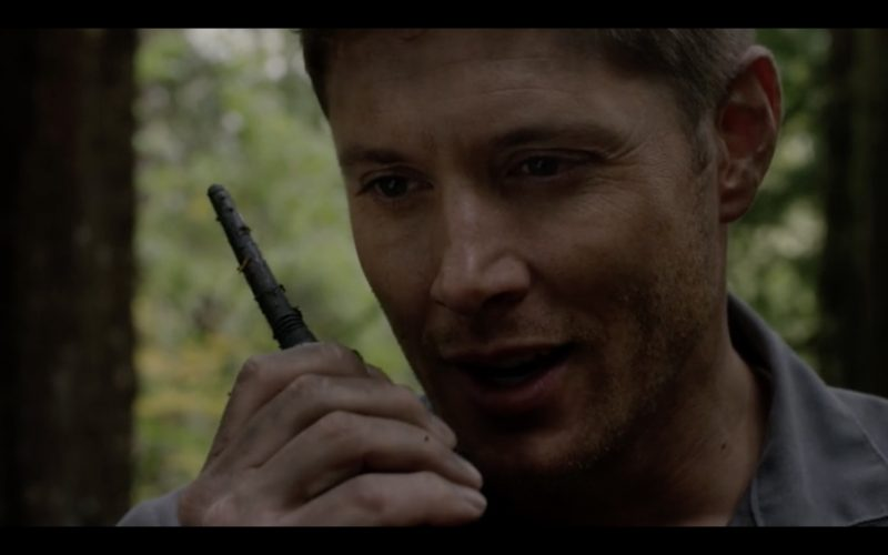 supernatural 12.09 dean winchester walkie close up
