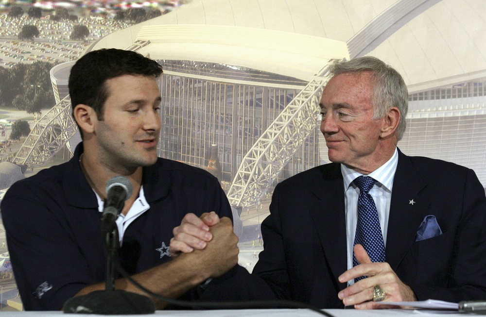 Jerry Jones can't bear thought of losing Tony Romo 2017 images