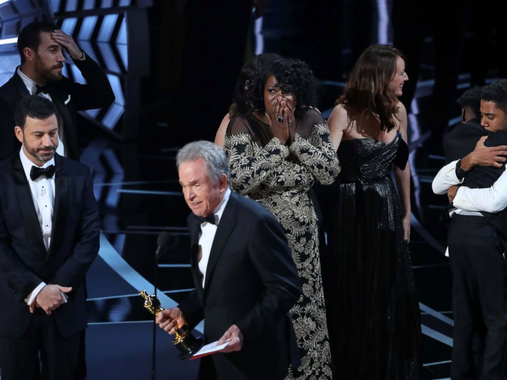 'Moonlight' wins Best Picture after two major 2017 Oscar mix ups images