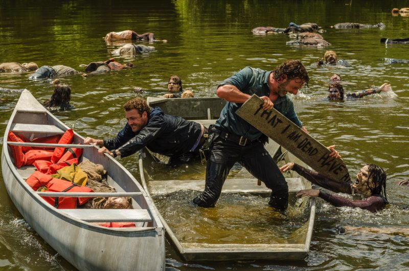 rick grimes fighting zombies in lake