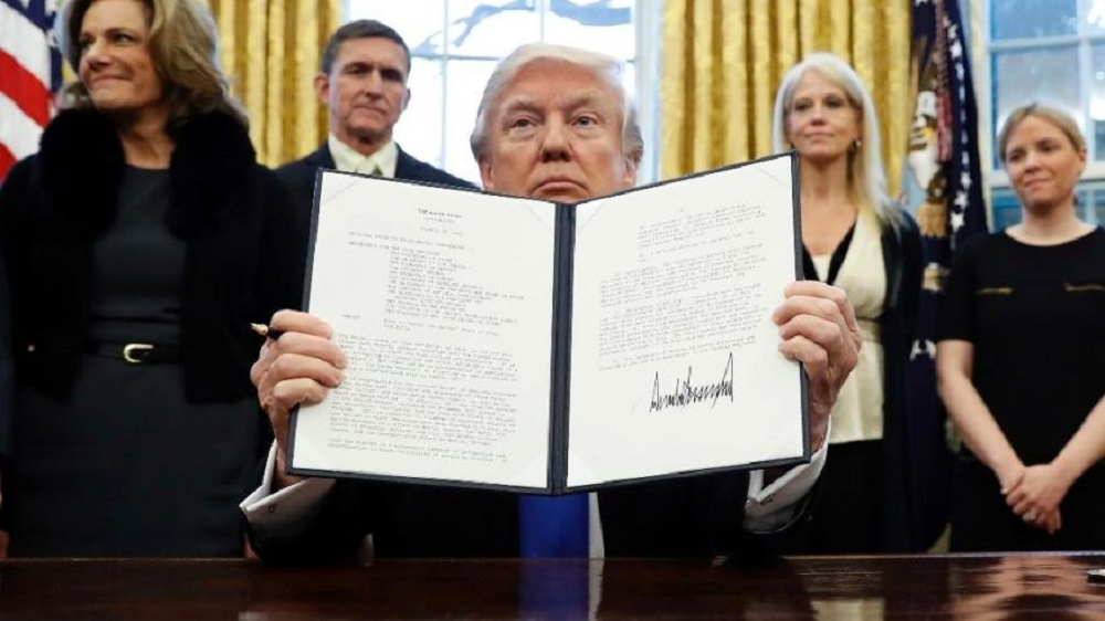 Donald Trump's second try at immigration travel ban blocked again 2017 images