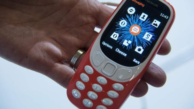 how nokia 3310 is stealing the spotlight