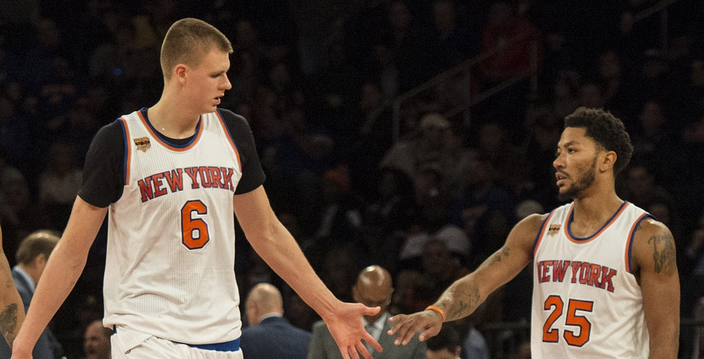Knicks triangle offensive splits Kristaps Porzingis, Derrick Rose 2017 images