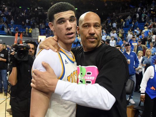 how bad is lonzo balls father lavar hurting his nba future 2017 images