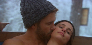 nick viall kissing vanessa neck bachelor fantasy suite