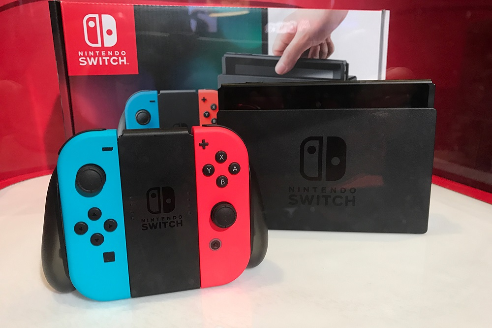 Nintendo Switch: Impressive when it works but lacking games 2017 images