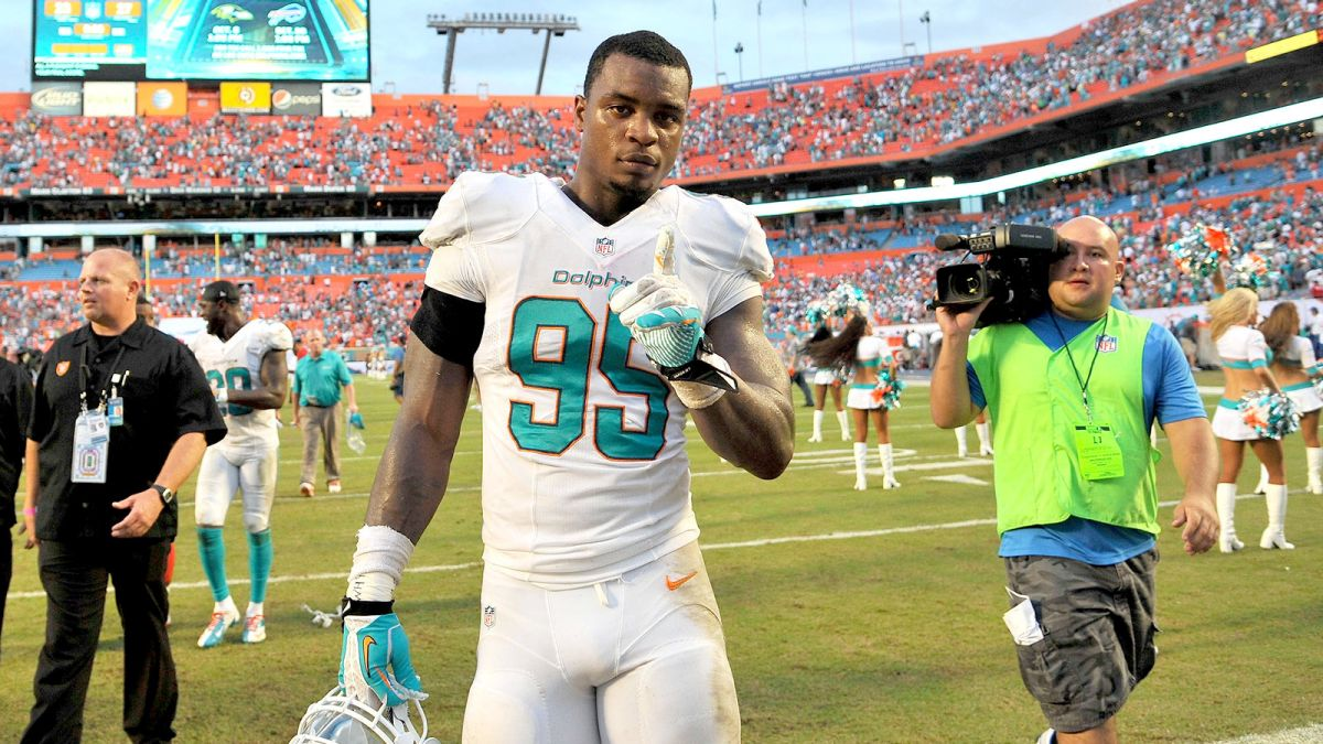 dion jordan cut loose from miami dolphins 2017 images