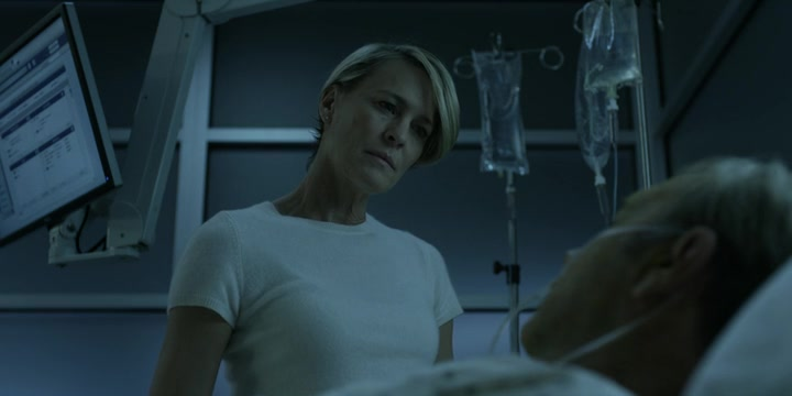 house of cards claire with frank at hospital