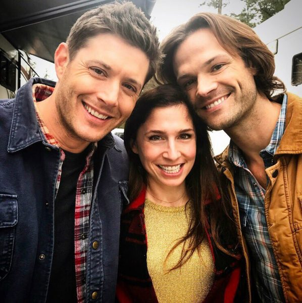 shoshannah stern with jared padalecki and jensen ackles supernatural