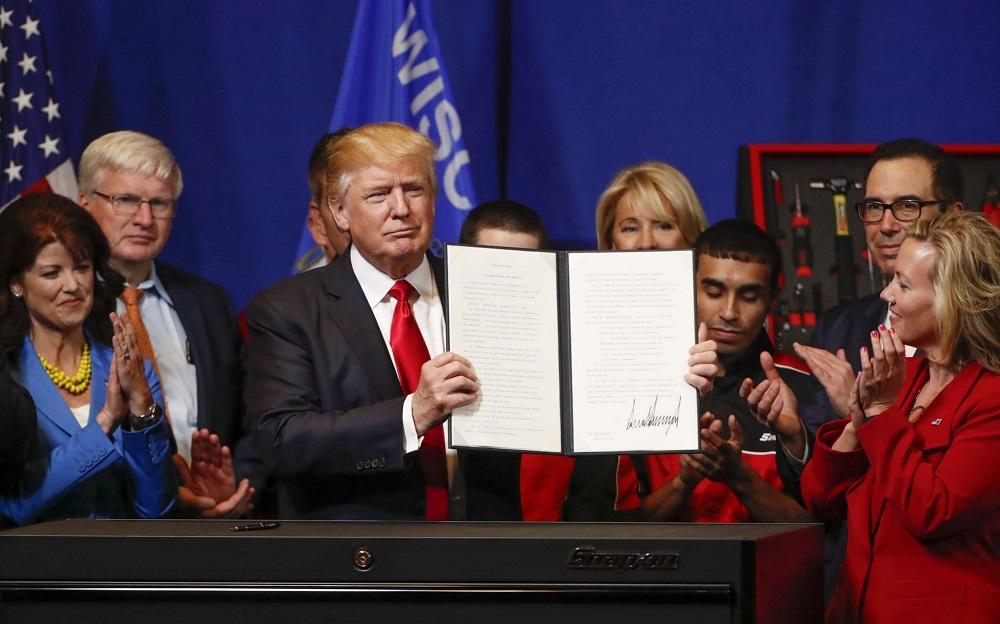 understanding the h 1b visa program donald trump is concerned about 2017 images