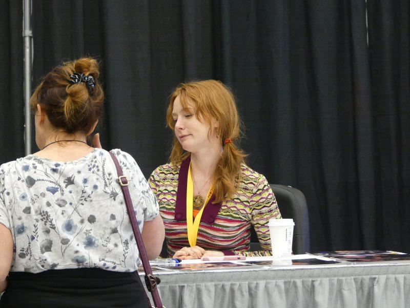 Alicia Witt signing northern fancon movie tv tech geeks