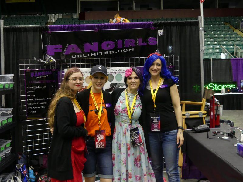 northern fancon cosplay people