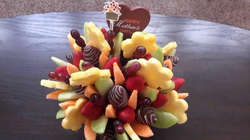 edible arrangements mothers day swizzle bouquet movie tv tech geeks
