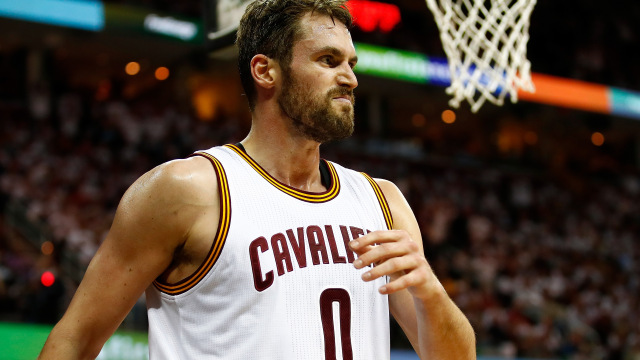 cavalier coach tyronn lue will make use of kevin love 2017 images