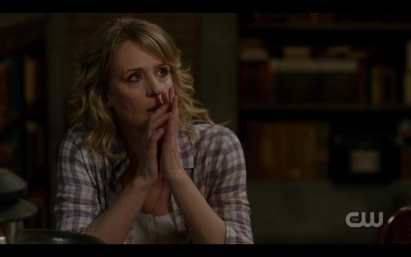 mary winchester sitting supernatural watchtower