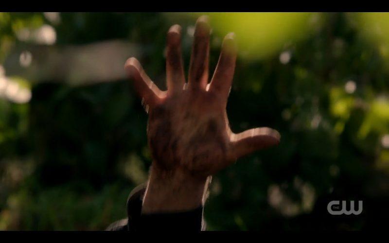 supernatural crowley hand coming up