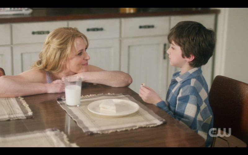 supernatural flashbash mary winchester with young dean at breakfast
