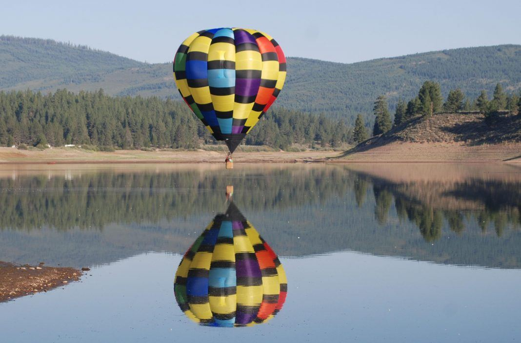 carson city nevada hot air balloon vacation