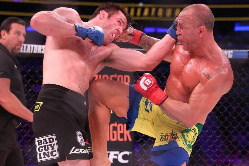 chael sonnen bellator beats up on wanderlei silva mma fight