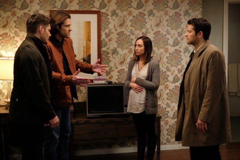 courtney ford with jensen ackles padalecki supernatural movie tv tech geeks