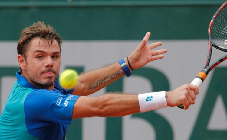 stan wawrinka knocks fabio fognini out of 2017 french open images