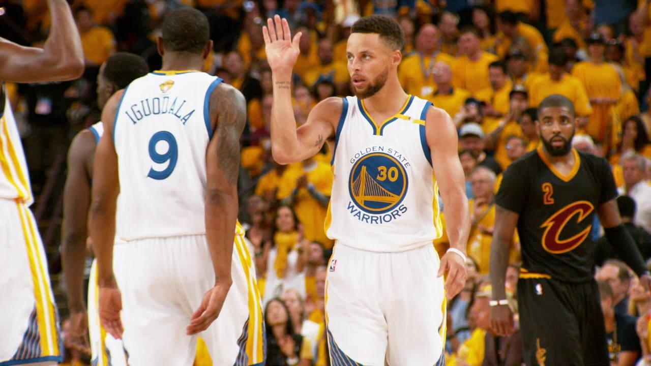 stephen curry and kevin durant warriors beat cavs again 2017
