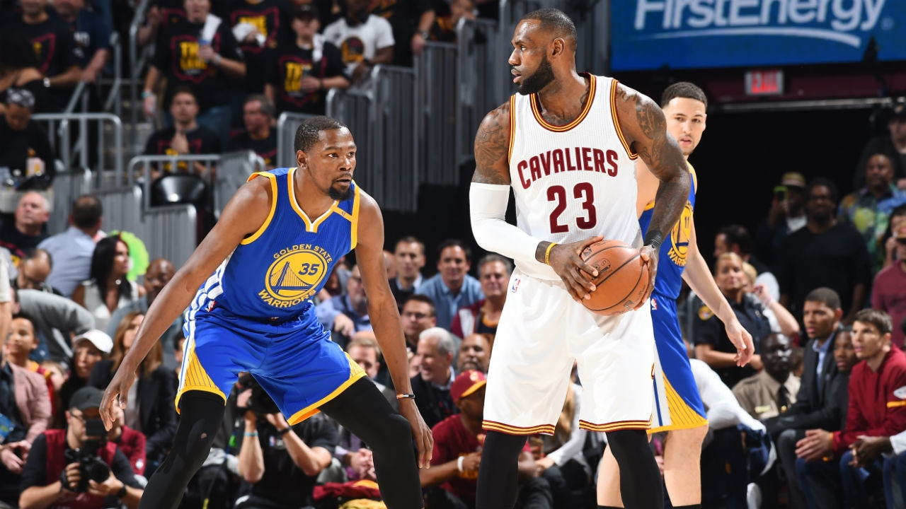 Cleveland Cavaliers top Golden State Warriors to stay alive