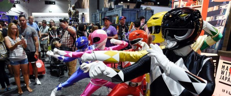 comic con 2017 power rangers stand