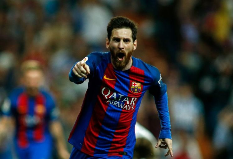 lionel messi keeps barcelona going for 4 fours