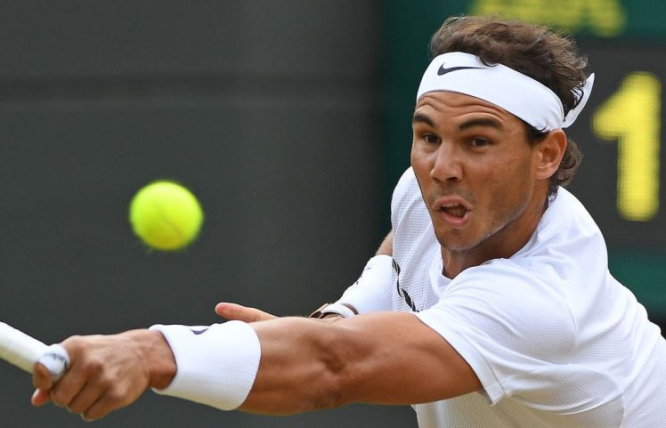 rafeal nadal fights hard for wimbledon