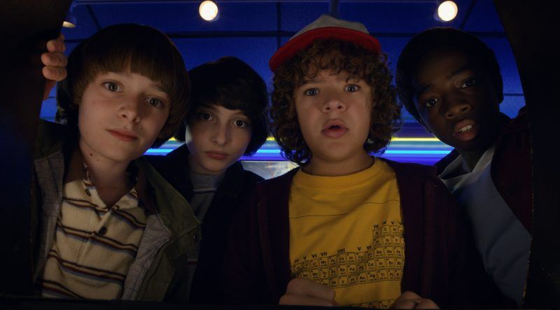 stranger things cast for season 2