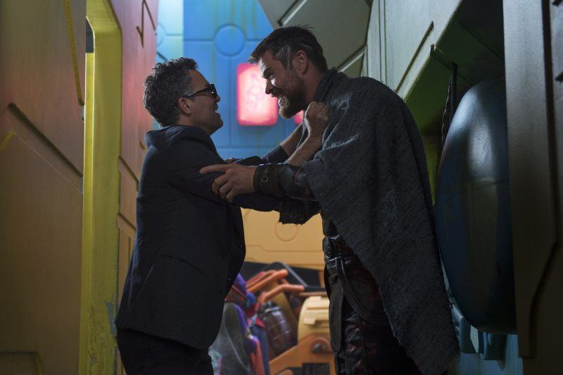 thor ragnarok chris hemsworth with bruce banner