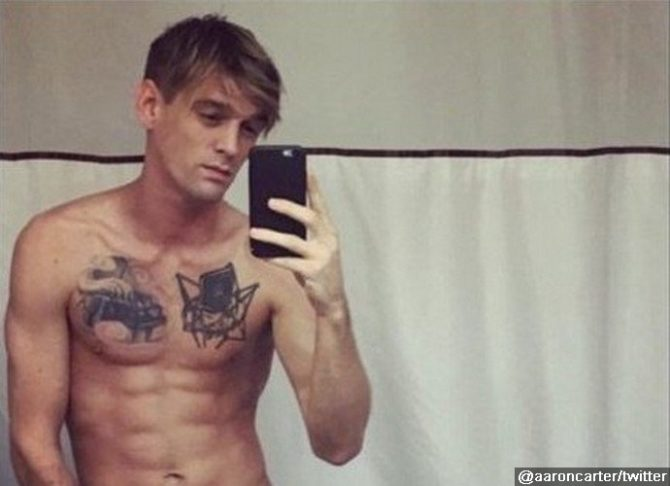 aaron carter now talking chloe grace moretz for gayness