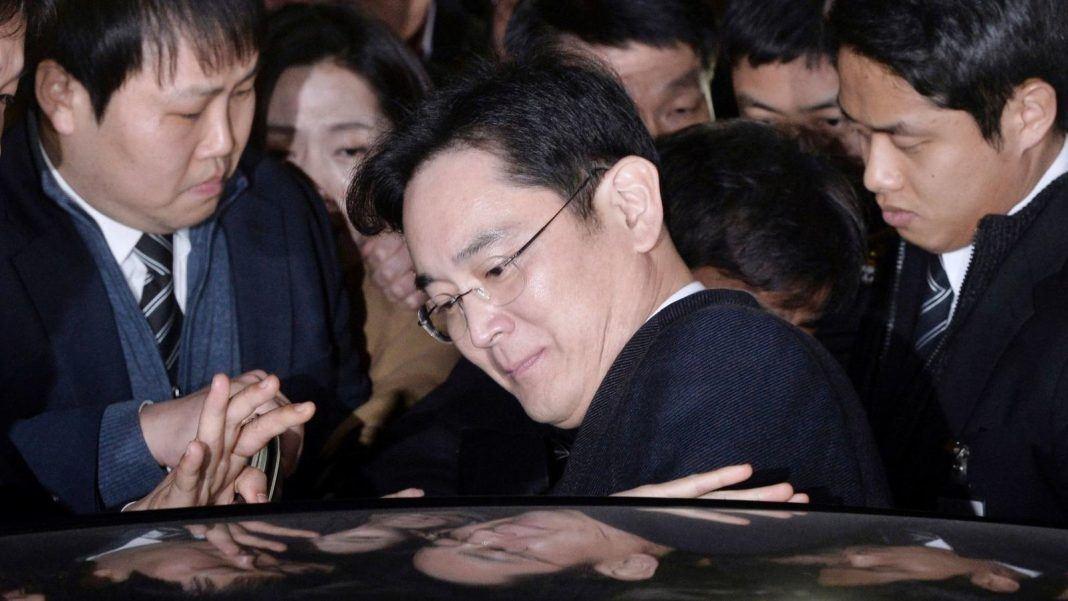 how will Lee Jae-yong arrest affect samsung 2017 image