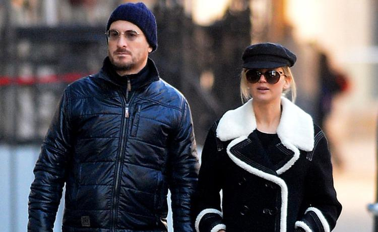 jennifer lawrence fights with darren aronofsky boyfriend