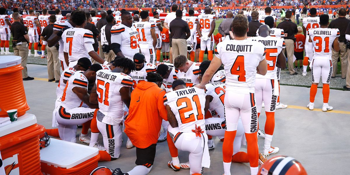 seth devalve takes a stand by taking a kaepernick kneel 2017 images