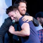 adam fergus hugging supernatural mischa collins mttg