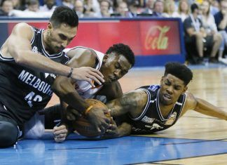 OC thunder beat melbourne united in nailbiter ending 2017 images