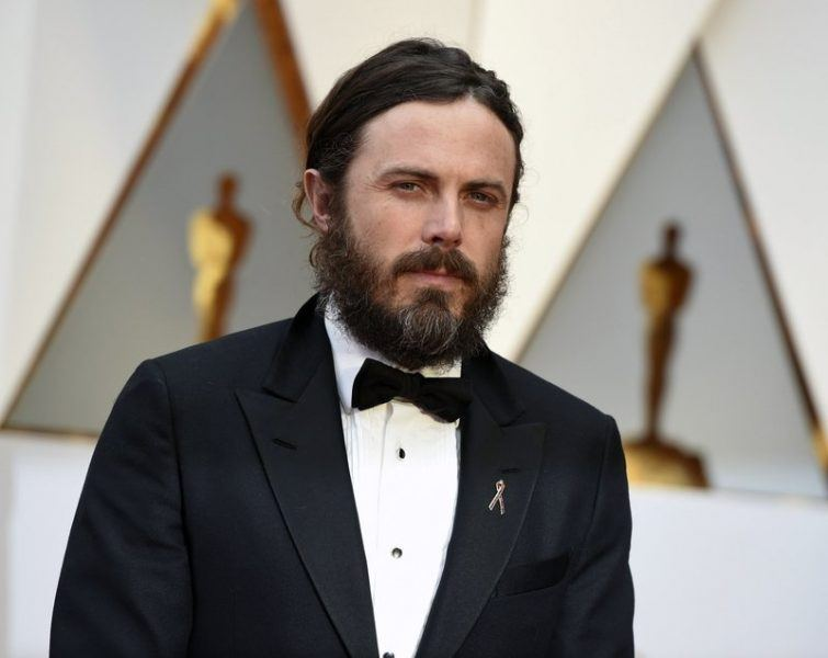 casey affleck settled out of court for sexual harassment on im still here