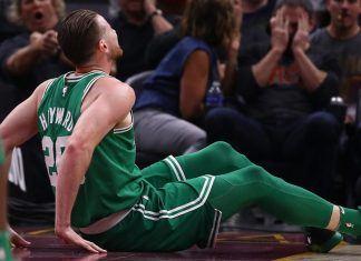 celtics gordon hayward shakes up nba season with broken leg 2017 images
