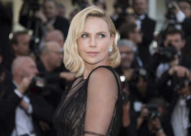 charlize theron had early days of casting couch problem
