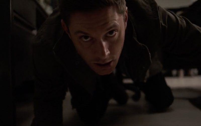 dean winchester getting beaten off by supernatural angels