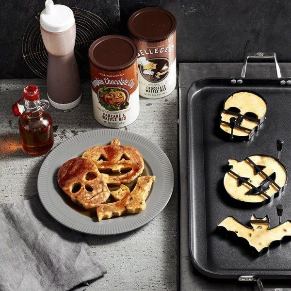 fun halloween whole food healthy pancakes