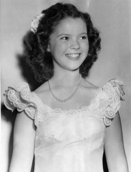 shirley temple had producer unzip pants expose himself in 1940