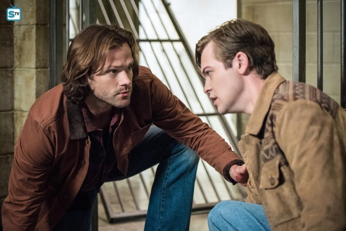 carol hansson with dad supernatural season 13 mttg