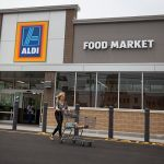 aldi parking lot scam fake news alert