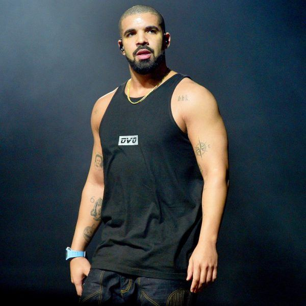 drake heroes up for stopping concert 2017