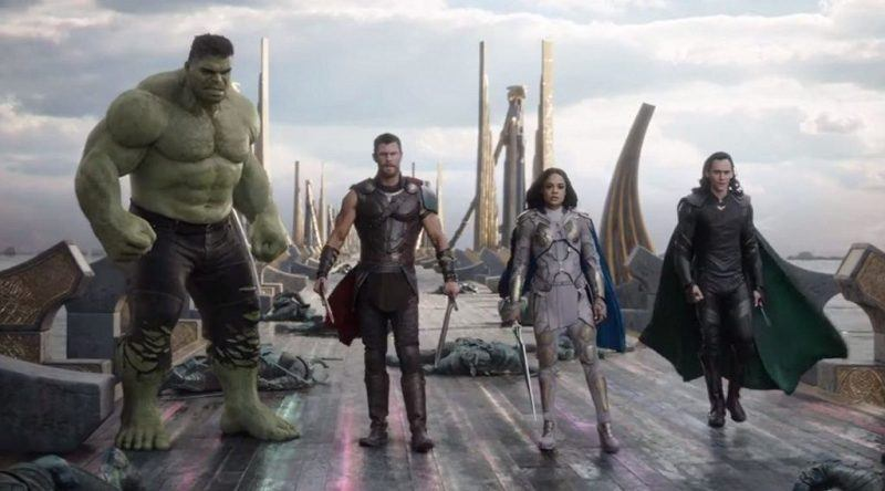 hulk comes for thor ragnarok movie tv tech geeks review